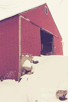 Edward Fielding - Old Red Barn in Winter