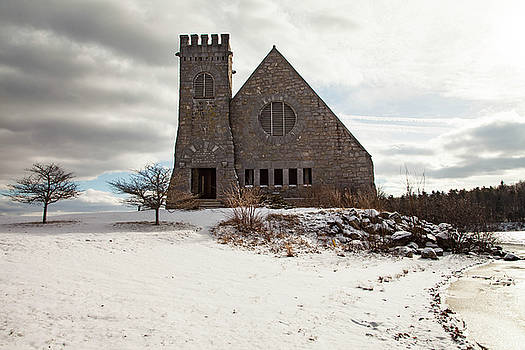 Old Stone Church by Sue OConnor