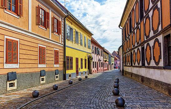 Elenarts - Elena Duvernay photo - Old street of baroque town of Varazdin, Croatia