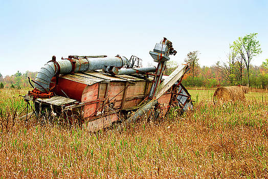 Old Thresher by Paul Wash