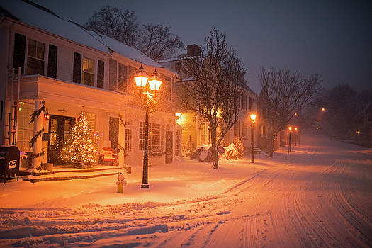 Toby McGuire - Old Town Marblehead Snowstorm Looking up at Abbot Hall Christmas Trees