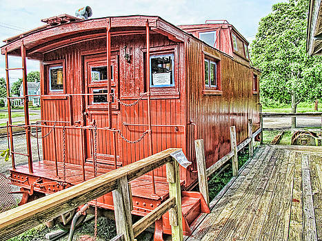 Old Train by Frank Freni