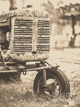 Edward Fielding - Old Vintage Tractor Brown Toned