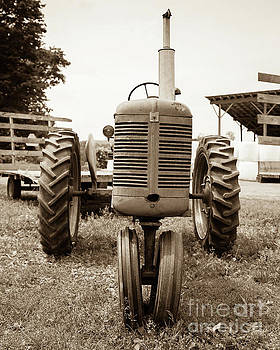 Edward Fielding - Old Vintage Tractor Cornish New Hampshire