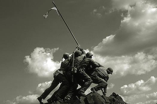 Peter Potter - Old Washington Photo - Iwo Jima War Memorial