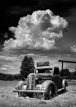Old Wynola Dodge by William Dunigan
