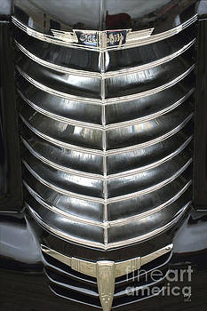 Oldsmobile 1937 Grill by Curt Johnson