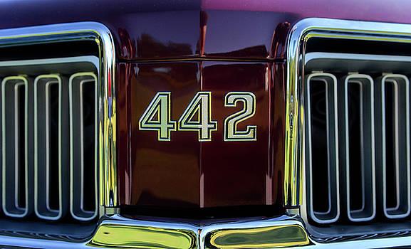 Oldsmobile Cutlass 442 by Nate Heldman