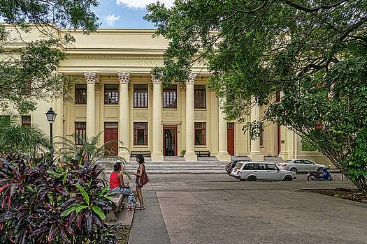 Sharon Popek - On Campus Havana