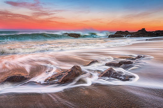 Onshore Break by Darren White