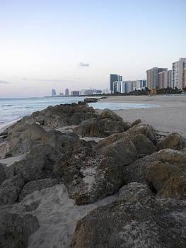 Onthe Rocks by Joe Bigio