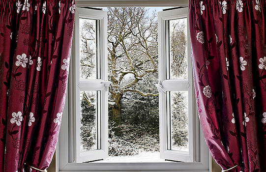 Simon Bratt Photography LRPS - Open window with winter scene