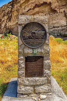 Jon Burch Photography - Oregon Trail Marker