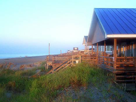 Sandi OReilly - Outerbanks Sunrise At The Beach