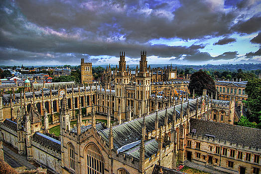 Yhun Suarez - Oxford University - All Souls College