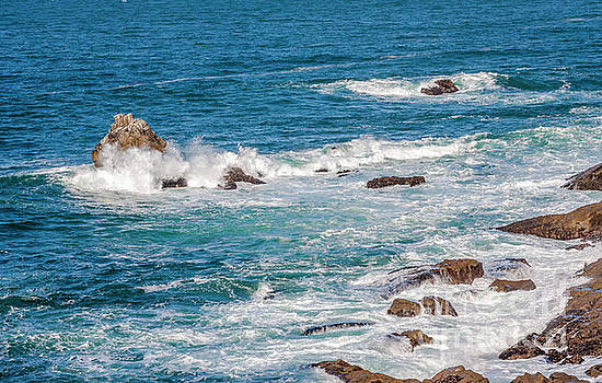 Pacific Coast Hwy Ocean View by Thomas Levine