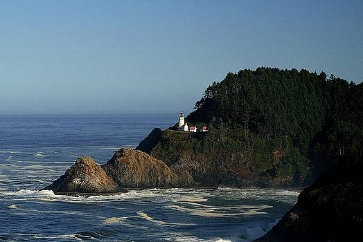 Pacific Lighthouse by Sue Houston