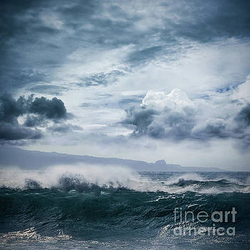 He inoa wehi no Hookipa  Pacific Ocean Stormy Sea by Sharon Mau
