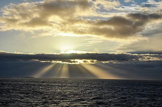 Pacific SunSet by Allen Carroll