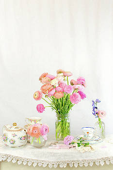 Painterly Ranunculus Tea Time by Susan Gary