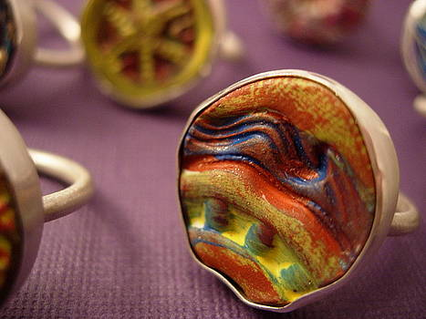 Painting in a Ring by Lynette Fast