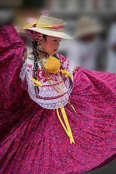 Panamanian Dancer 1 by Tod Colbert