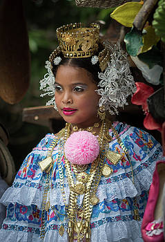 Panamanian Queen of the Parade by Tod Colbert