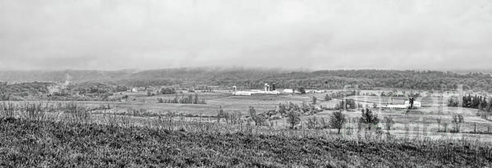 Chuck Kuhn - Panorama Farm Amish