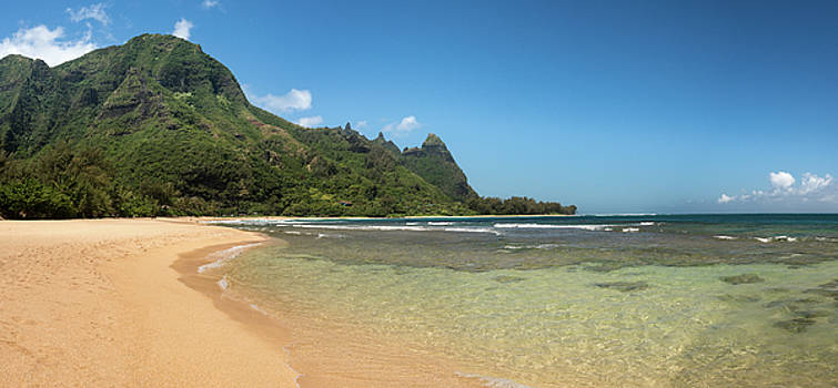 Panorama of Tunnels beach on the north shore Kauai by Steven Heap