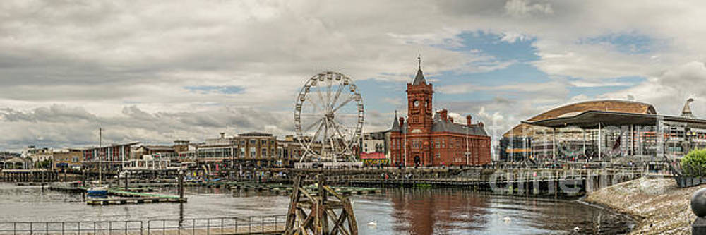 Panoramic Cardiff Bay 1 by Steve Purnell
