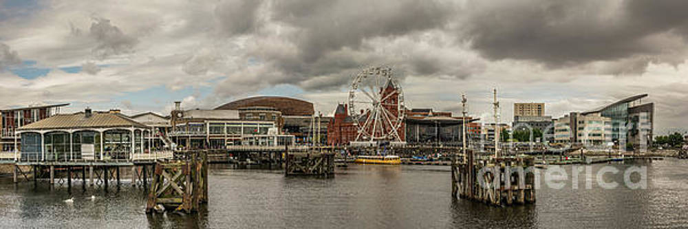 Panoramic Cardiff Bay 2 by Steve Purnell