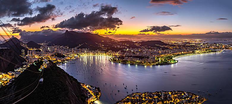 Panoramic Rio by Mihai Andritoiu
