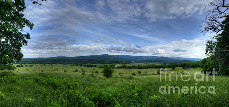 Dan Friend - Panoramic scenic of farmland along the South branch of the Potomac