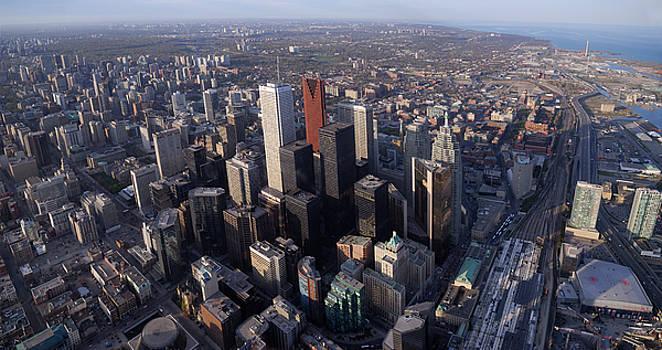 Reimar Gaertner - Panoramic view of downtown highrises and Toronto East