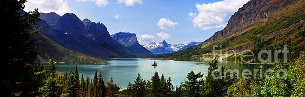 Panoramic view of Saint Mary Lake in west glacier national park by Akshay Thaker