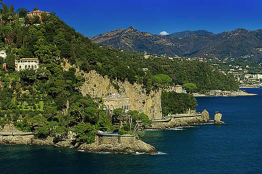 Enrico Pelos - PARAGGI BAY CASTLE AND LIGURIA MOUNTAINS Portofino Park