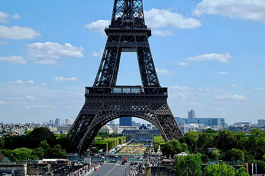 Paris Eiffel Way by August Timmermans