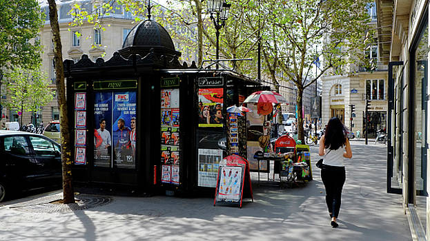 Paris Kiosk by August Timmermans