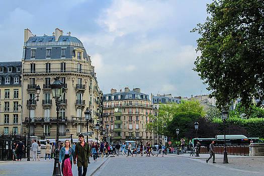 Paris by Leslie Trotter