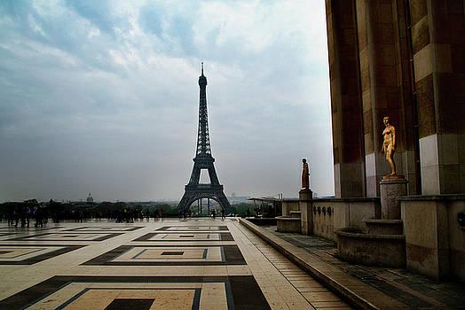 Paris by Lucian Capellaro