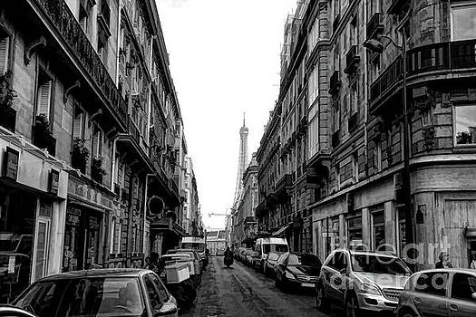 Chuck Kuhn - Paris Streets Eiffel View