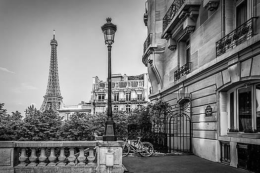 Melanie Viola - Parisian Charme - monochrome