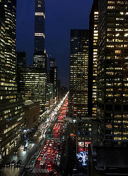Park Avenue from the Waldorf by Robert Meyers-Lussier