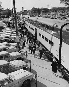 Chicago and North Western Historical Society - Passengers Disembark Chicago and North Western Train - 1964