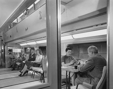 Chicago and North Western Historical Society - Passengers in Bilevel 400 Lounge