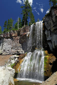 Reimar Gaertner - Paulina Falls in the Newberry Crater National Volcanic Monument