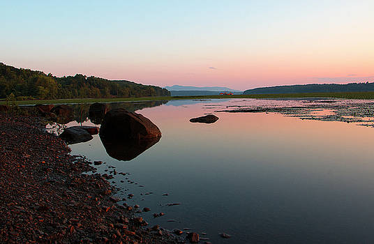Peaceful Morning on the Hudson by Jeff Severson