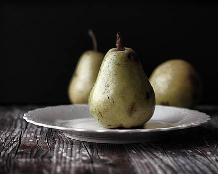 Pears by Terri Tiffany