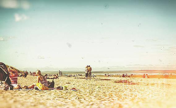 Patricia Hofmeester - People on the beach