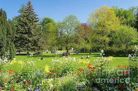 Pepiniere Park, Nancy, France by Sinisa CIGLENECKI